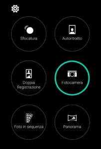 HTC Camera e Gallery su smartphone Android